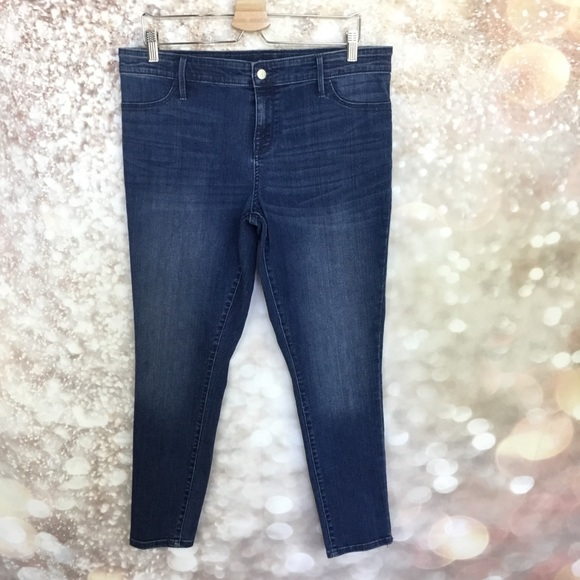 5edfb5aac30a5 Isabel Maternity by Ingrid & Isabel Jeans | Isabel Maternity Womens ...